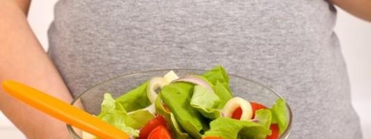 Φρούτα, λαχανικά και πλήρη δημητριακά μειώνουν τον κίνδυνο πρόωρου τοκετού