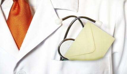 Επίορκοι γιατροί επιστρέφουν στις θέσεις τους