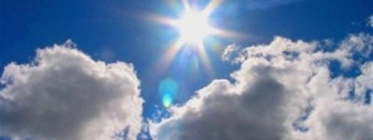 Ο ήλιος βλάπτει το δέρμα ακόμη και στη σκιά