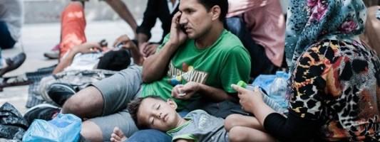 «Αποθήκη ψυχών» για πρόσφυγες η Ελλάδα λέει η Διεθνής Αμνηστία