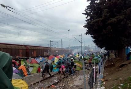 ΚΕΕΛΠΝΟ: Εκκληση στους πρόσφυγες για μετακίνηση σε στεγασμένους χώρους
