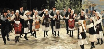 Πώς ωφελούν τους ηλικιωμένους καρδιοπαθείς οι ελληνικοί χοροί