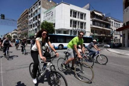 Περπάτημα και ποδήλατο στην πόλη κάνουν καλό!