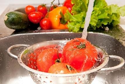 Προσοχή στις τροφικές δηλητηριάσεις τους καλοκαιρινούς μήνες
