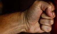 Οι άνδρες γίνονται πιο βίαιοι όταν έχουν γύρω τους πολλές γυναίκες