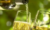 Τα ποτά αυξάνουν τον κίνδυνο εμφάνισης ροδόχρου νόσου στις γυναίκες