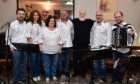 Μια μοναδική μουσική βραδιά από τη Pfizer Hellas Band και τον Διονύση Σαββόπουλο στο Γηροκομείο Αθηνών