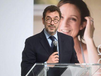 Τιμητική βράβευση για τον Έλληνα CEO της Pfizer Inc. στο πλαίσιο των Prix Galien Greece