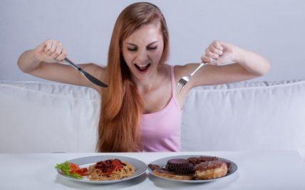 Τι μας συμβαίνει όταν τρώμε χωρίς όρια;