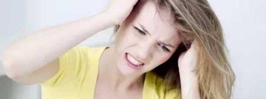 Που μπορεί να οφείλεται ο κνησμός στο κεφάλι
