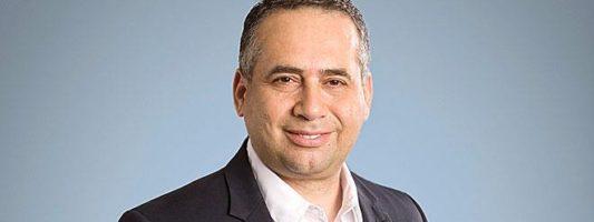 Ο Ezat Azem νέος Διευθύνων Σύμβουλος της Roche Hellas