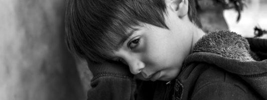 Η ψυχική υγεία παιδιών κι εφήβων επιδεινώθηκε σημαντικά λόγω της πανδημίας COVID-19