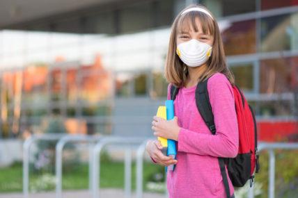 Σχολεία – Κορωνοϊός: «Η χρήση της μάσκας στα σχολεία σίγουρα θα πάει για όλο το σχολικό έτος» λέει ο Σύψας