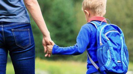 Κορονοϊός: Πόσο κινδυνεύουν από τις νέες μεταλλάξεις τα παιδιά;
